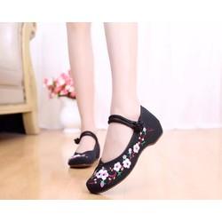 Giày Vải Thêu Cành Hoa Mai Rất Đẹp Đế 3CM