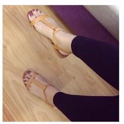 giày sandl quai T