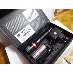 Đèn pin siêu sáng FA-100