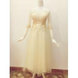 Đầm ren công chúa