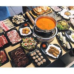 Buffet hấp dẫn với các món ăn từ Cua tại nhà hàng 7 Cua  Cua ngon trăm món