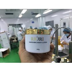 Kem dưỡng trắng da Whitening Body Lotion  Riori Hàn Quốc