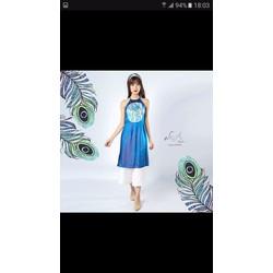 Áo dài Lụa yếm màu xanh coban vẽ tay thủ công chim công size S