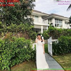Đầm cô dâu trắng bẹt vai xinh đẹp và sang trọng DDH591