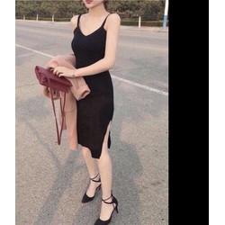 Đầm thun body 2 dây xẻ tà đen dễ xinh