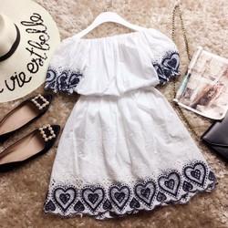 Đầm xôn xoè