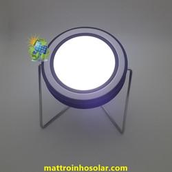 Đèn led năng lượng mặt trời để bàn L3E