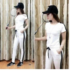 Set bộ đồ thể thao nữ quần dài chạy sọc đen cá tính