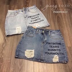 Chân váy jean rách thêu chữ hàng nhập! MS: S220629 Gs: 140k