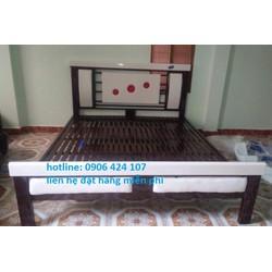 giường sắt hộp đèn 1m4 x 2m
