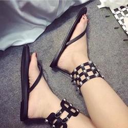 giày sandal quai kẹp phối đinh