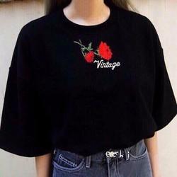 Áo thun nữ tay lỡ Rose Vintage phong cách