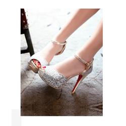 giày cao gót kim tuyến sang trọng