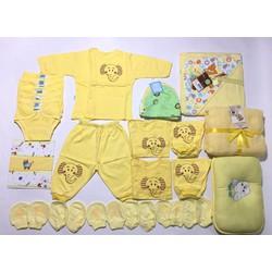 Quần áo sơ sinh cho bé trai và bé gái