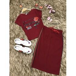 Set áo thun chữ hoa chân váy bút chì  - MS: S220644 GS: 140K