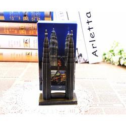Mô Hình Tháp Petronas