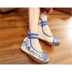 Giày Vải Thêu Họa Tiết Rất Đẹp