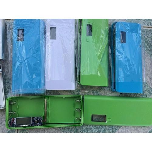 Box sạc dự phòng lcd 8 cell - không pin