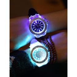 Đồng hồ Led phát sáng