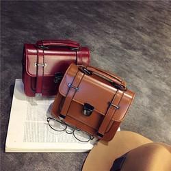 Túi đeo chéo phong cách cổ điển