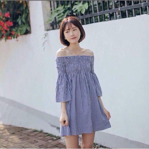 Đầm xoè bẹt vai d981
