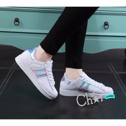 Giày Sneaker Nữ Sọc Nhiều Màu Thời Trang