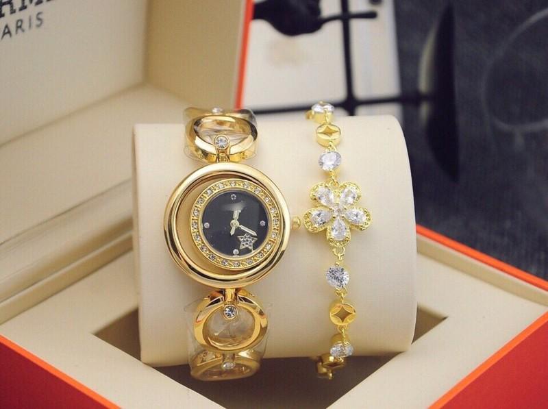 đồng hồ thời trang nữ kèm lắc 2