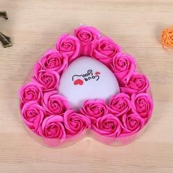 Hộp quà hoa hồng sáp có đèn Led cung cấp bởi WinWinShop88