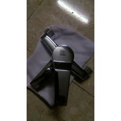 vòi nước nóng lạnh chất liệu đồng