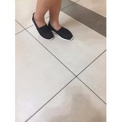 Giày siêu nhẹ trẻ trung, năng động