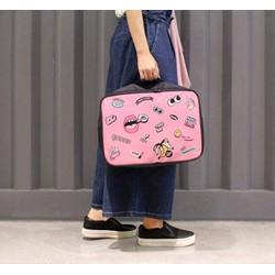 Túi xách du lịch hình đôi môi