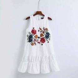 Đầm thuê hoa nổi