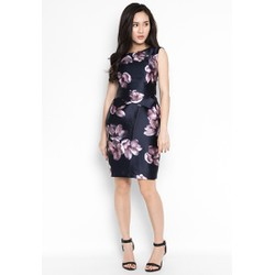 Đầm ôm body thiết kế nụ hoa