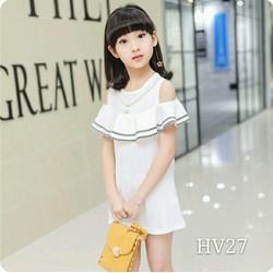 Đầm trắng rớt vai