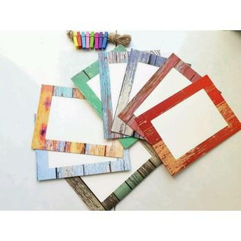 Bộ khung hình giả gỗ sắc màu