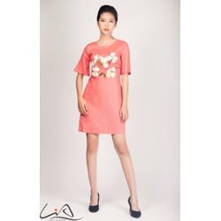 Đầm đỏ hồng vẽ 2 cành hoa trắng size S
