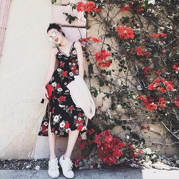 Đầm hoa chéo lưng 2 dây