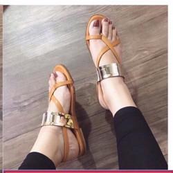 giày sandal xỏ ngón tag vàng