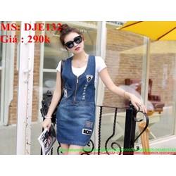 Váy yếm jean 2 dây khóe kéo xước nhẹ phong cách bụi DJE132