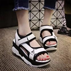 Giày Sandal nữ quai dán dễ thương - SD227W