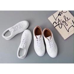khuyến mại đặc biệt mua giày tặng thể DT : 20k