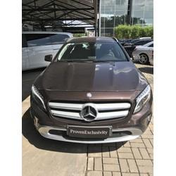 Mercedes GLA200 Màu Nho Nhã Nhặn thích hợp cho gia đình nhỏ