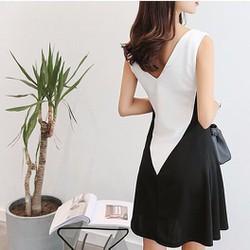 Đầm suông công sở phối trắng đen
