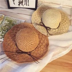 nón cối thời trang đi biển