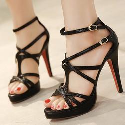 Giày cao gót dây cực kỳ cá tính - 105