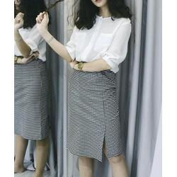 Set áo sơ mi Hàn và chân váy karo