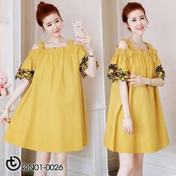 Đầm suông vàng hở vai thêu hoa - hàng nhập Quảng Châu cao cấp