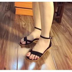 Giày sandal kẹp kiểu đơn giản