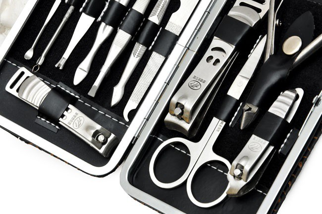 Bộ dụng cụ làm móng 12 món đa năng 3
