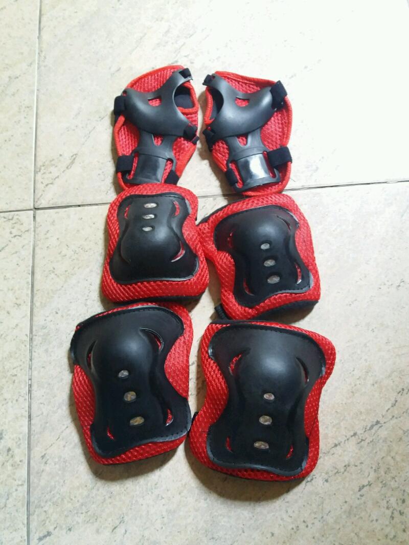 Giày trượt patin cho bé tặng đồ bảo hộ 2
